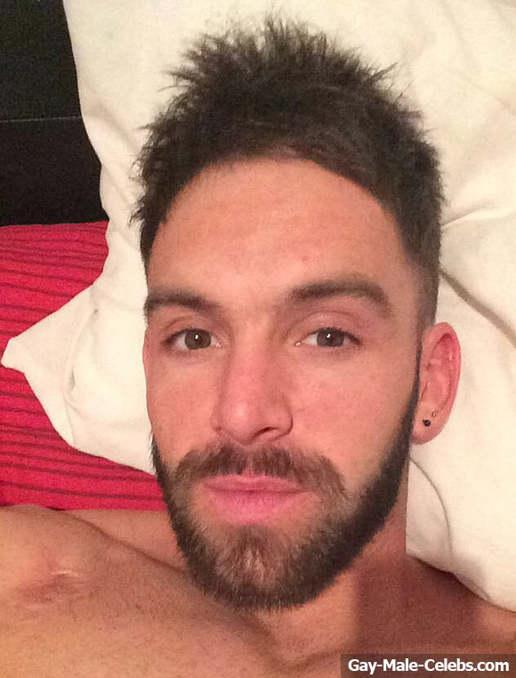 Darren Chidgey Nude