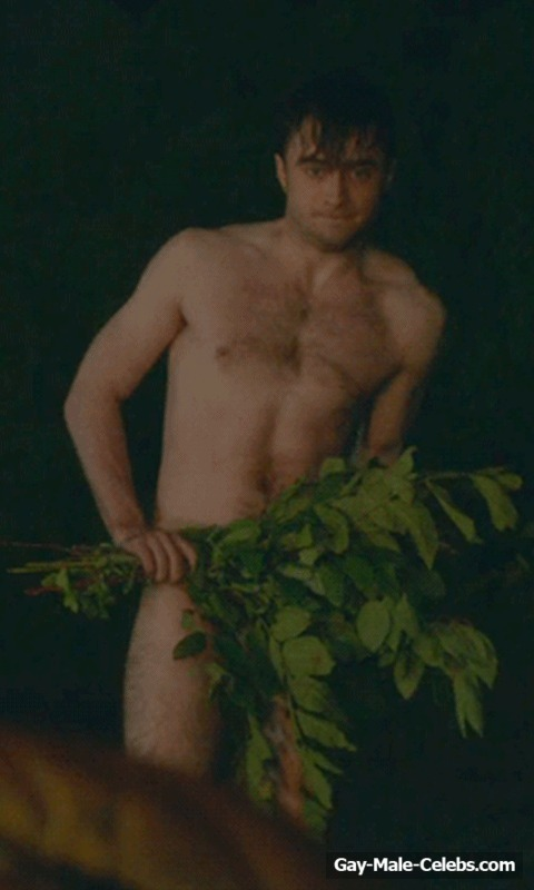 Daniel Radcliffe Frontal Nude And Sexy Photos  Gay-Male -4577