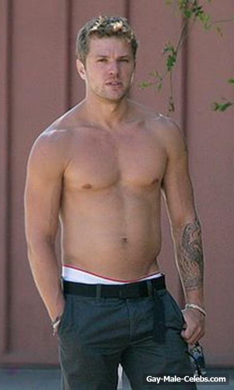 Ryan Phillippe  Gay-Male-Celebscom-8892