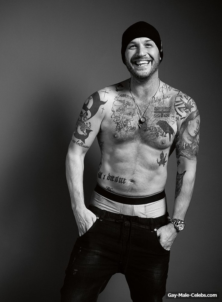 Tom Hardy Shirtless For Esquire Magazine  Gay-Male-Celebscom-5220