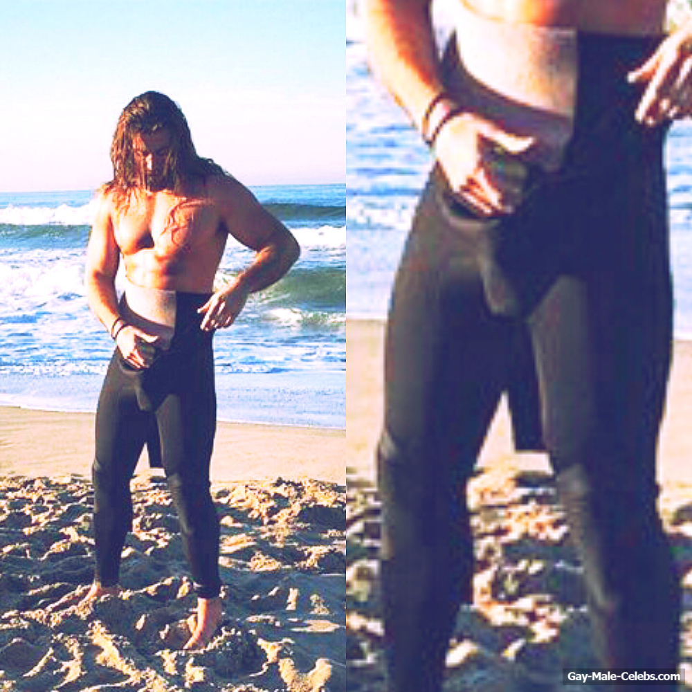 brock o hurn exposed muscle butt and bulge selfie   gay