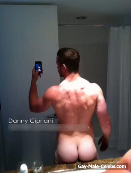 Danny Cipriani Leaked Nude Bathroom Selfie  Gay-Male -5313