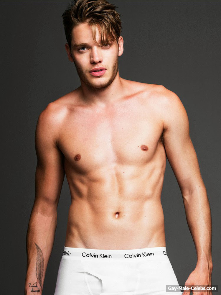 Dominic Sherwood  Gay-Male-Celebscom-8296