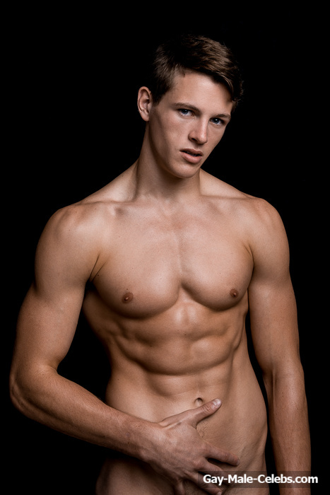 Alex Valley Posing Completely Naked  Gay-Male-Celebscom-3312