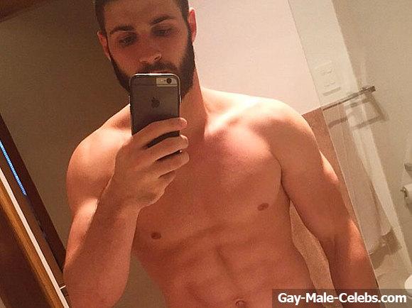 Luke Casey Nude