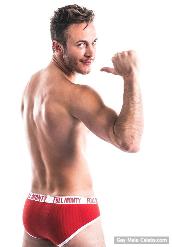 Gary Lucy Shows Off His Sweet Bare Ass  Gay-Male-Celebscom-8991