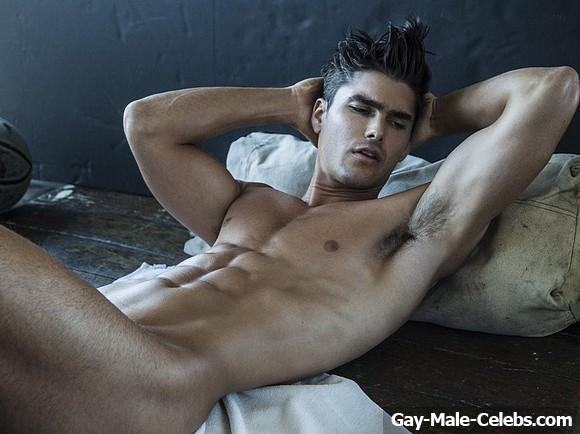 Charlie Matthews Nude