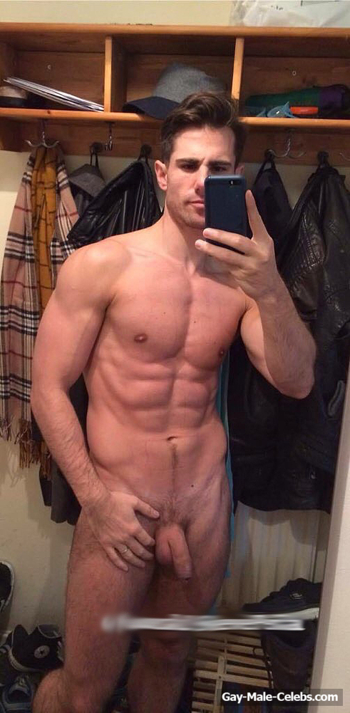 Peter Mcpherson Leaked Frontal Nude Selfie In The Mirror -4061