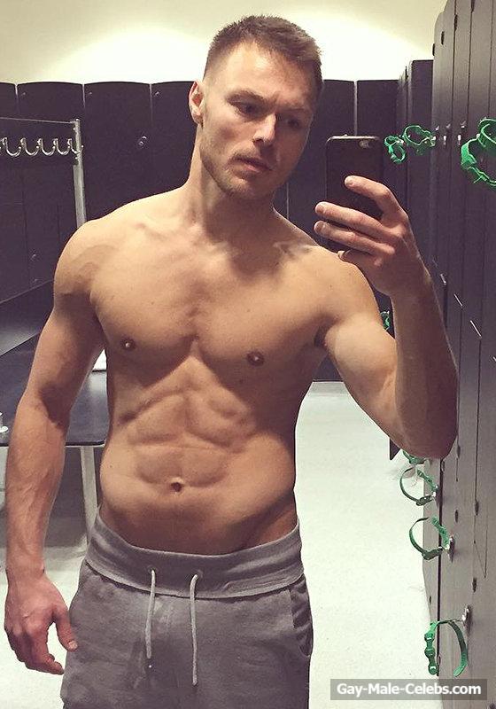 Andrew hayden smith naked