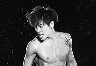 Jonghyun Dies Nude