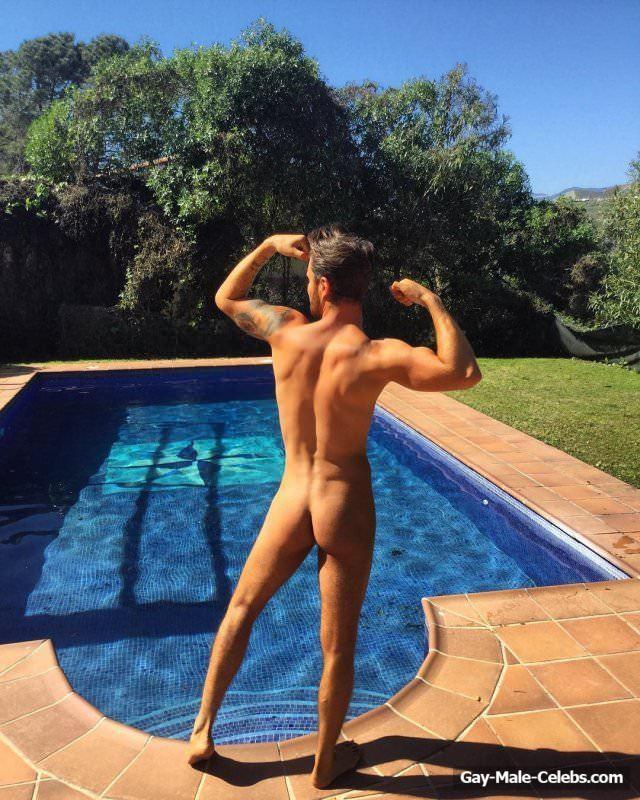 Arron Lowe Nude And Sexy Photos
