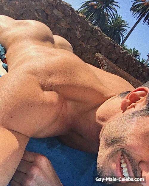 Noel Bayarri Nude And Sexy Shots