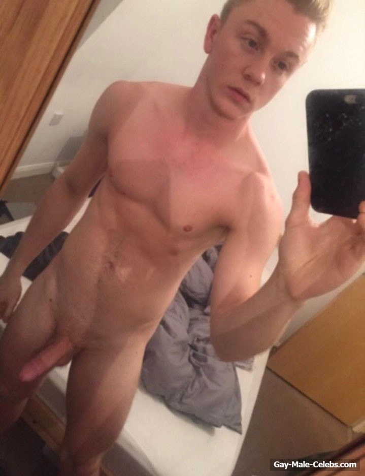Youtube Star Daniel Webster Frontal Nude Selfie Photos -4822