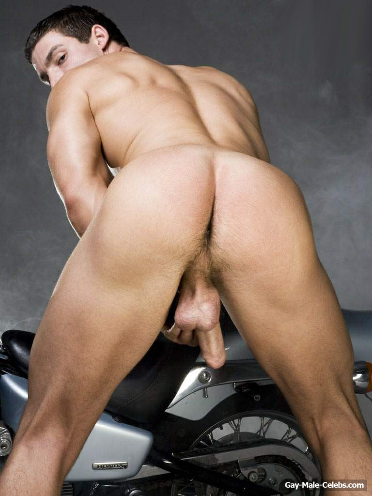 Gay Adult Film Star Kevin Falk Taylor Swifts Bodyguard In -2310