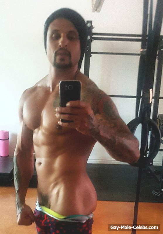 Male celebs naked selfies-9282