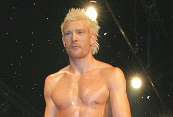 Iwan Thomas nude