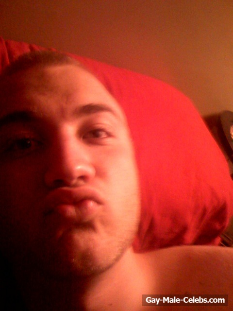 Nick Hogan Leaked Nude And Sexy Selfie Shots  Gay-Male -3601