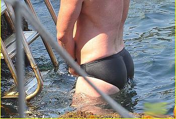 Luke Evans nude