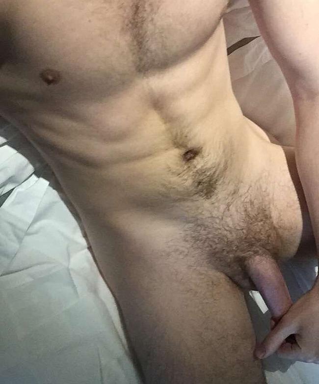 Eugene Simon nude