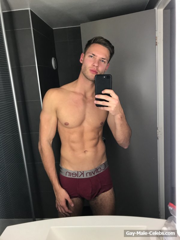 Erect dick on a gay sexy underwear gallery