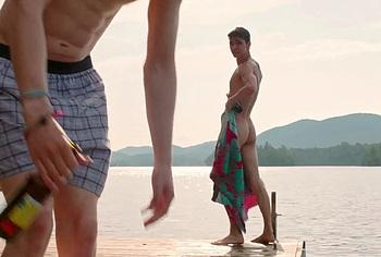 Robert Sheehan nude