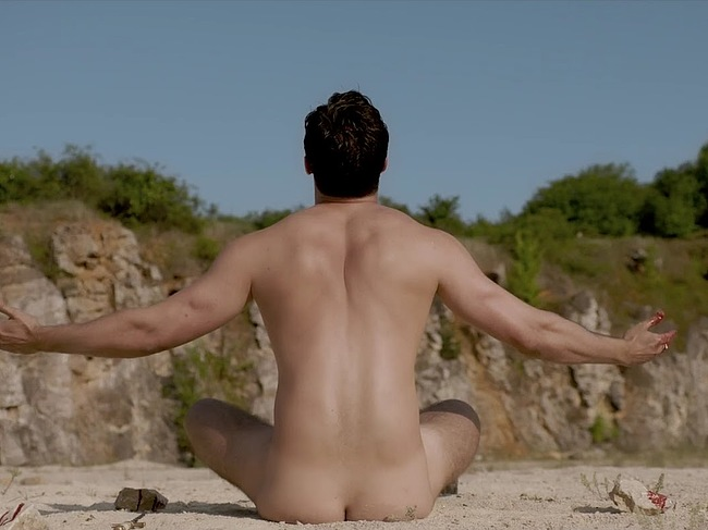 Josh Bowman Naked