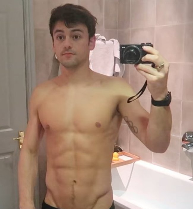 Tom Daley nude