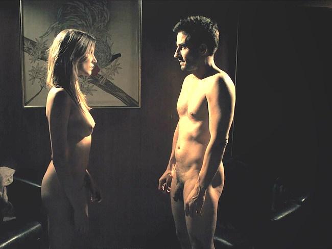 Oliver Mommsen nude