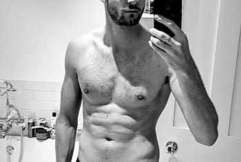 Jim Chapman nude