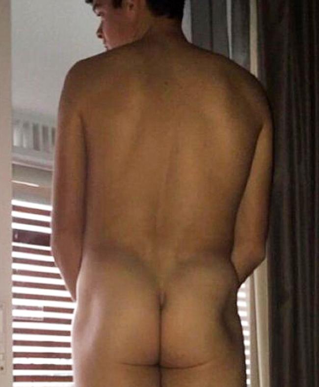 Milos Raonic nude