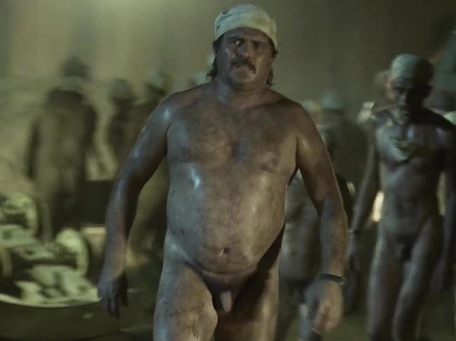 Alex Ferns nude