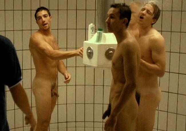 Malik Issolah nude