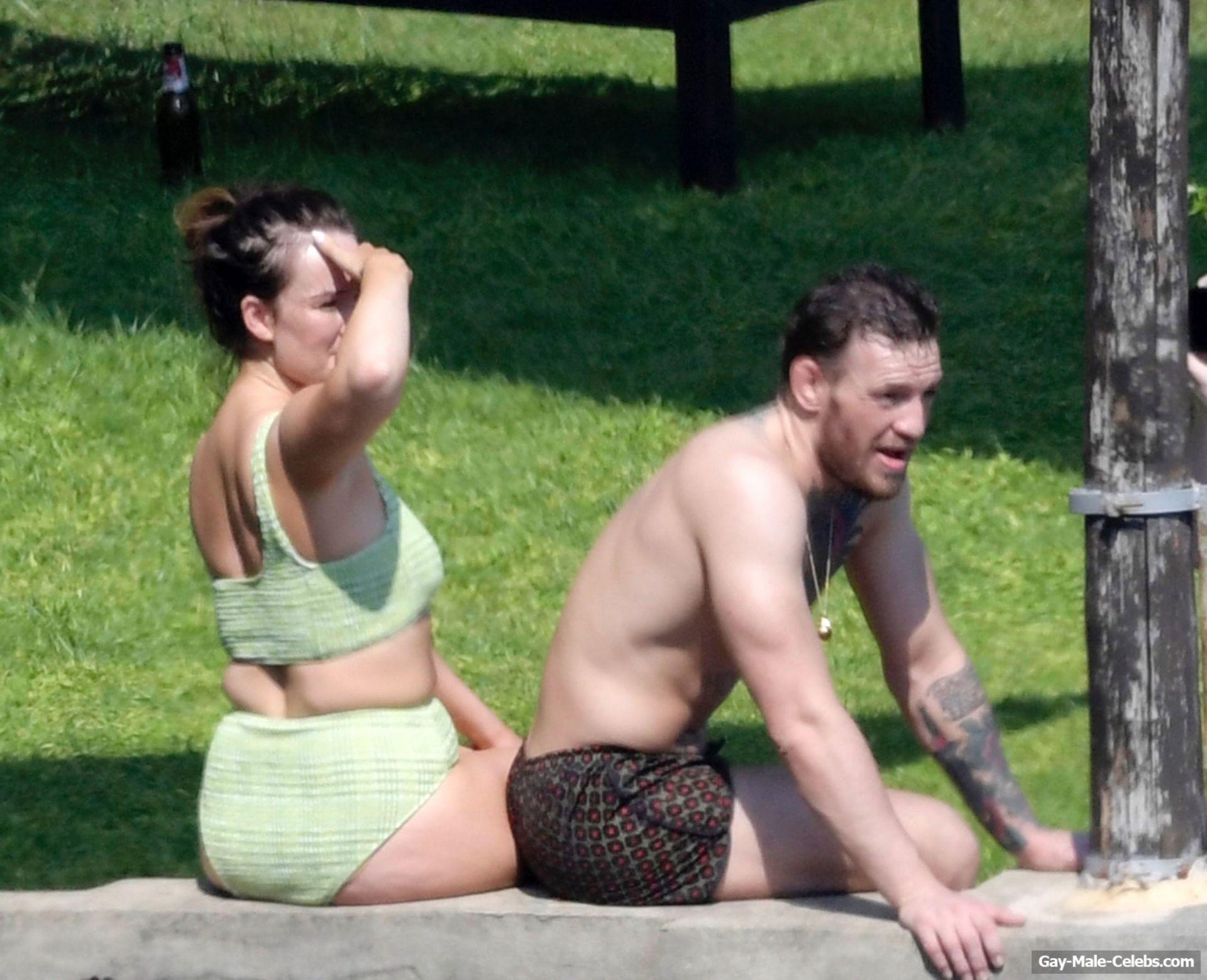 Conor McGregor Paparazzi Shirtless Photos