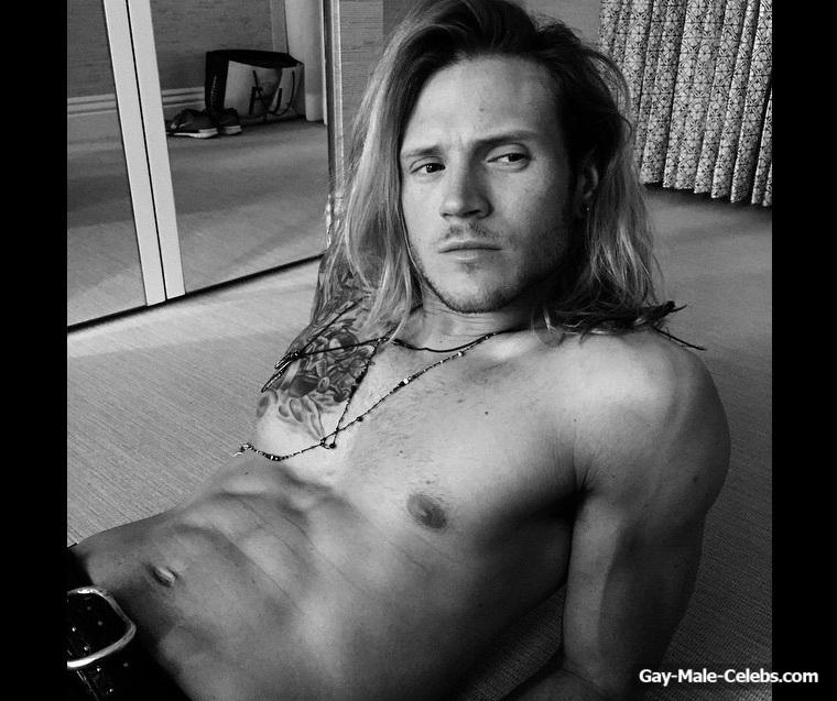 Dougie Poynter Nude