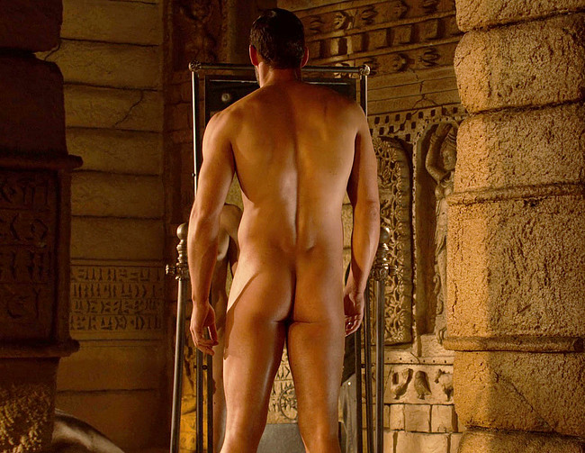 Tom Ellis nude and sexy