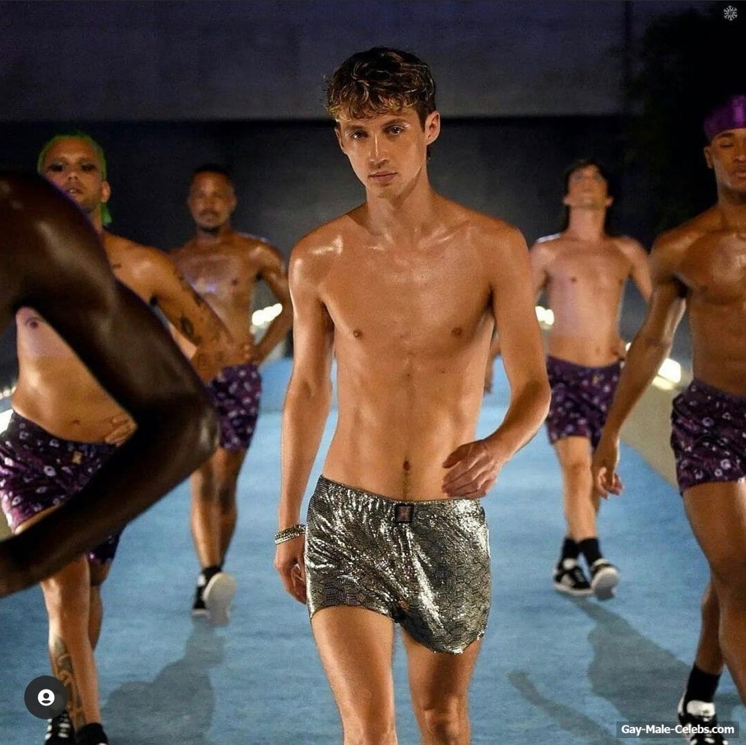 Troye Sivan Shirtless & Bulge Underwear Photos