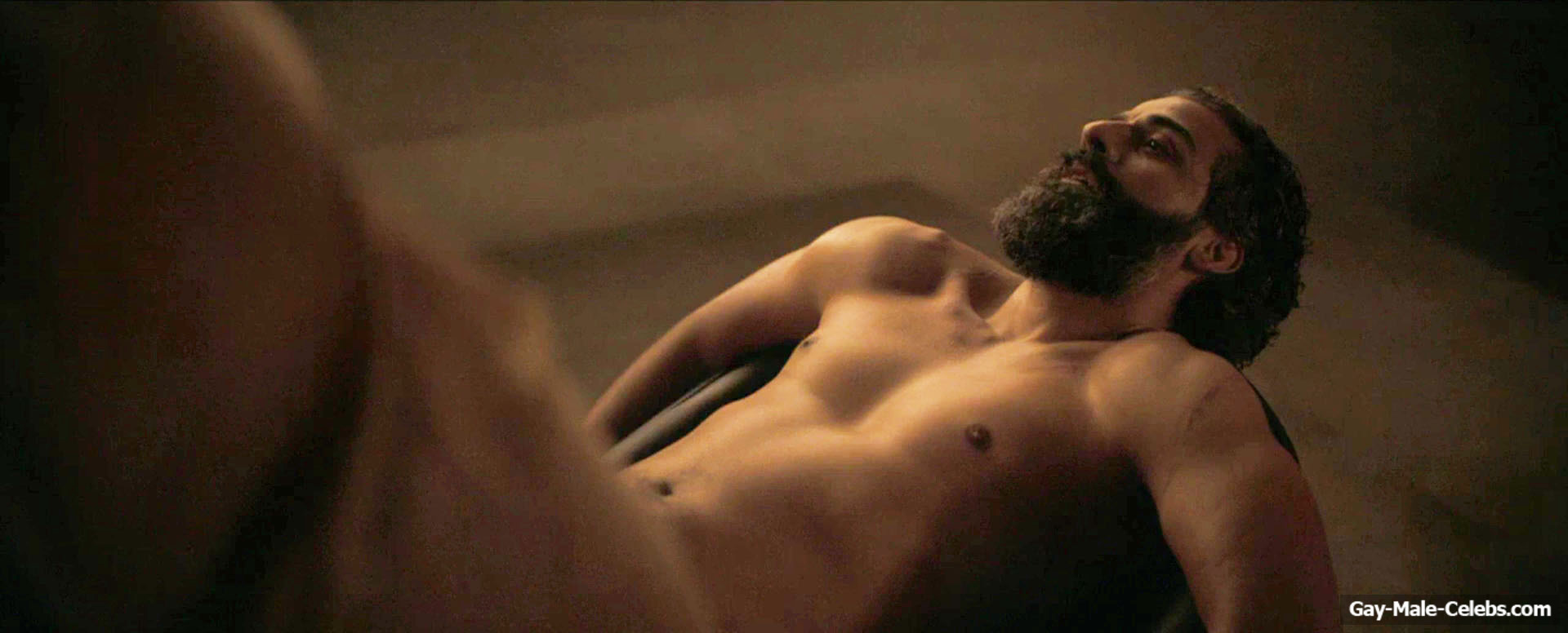 Oscar Isaac Nude And Sexy In DUNE